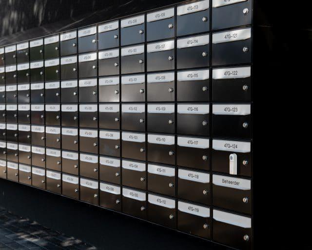 eigen brievenbus en postadres - garageboxen van GaragePark